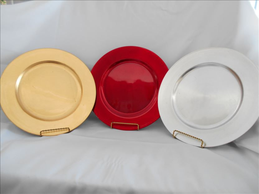 Product Details. CHARGER PLATES ... & CHARGER PLATES - silver red or gold - Roy-Al Rentals u0026 Party Centre ...